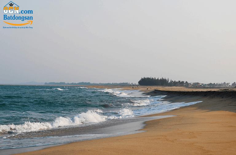 Chính chủ cần bán lô đất biển Mỹ Khê Quảng Ngãi diện tích 100 m2 giá 842 triệu