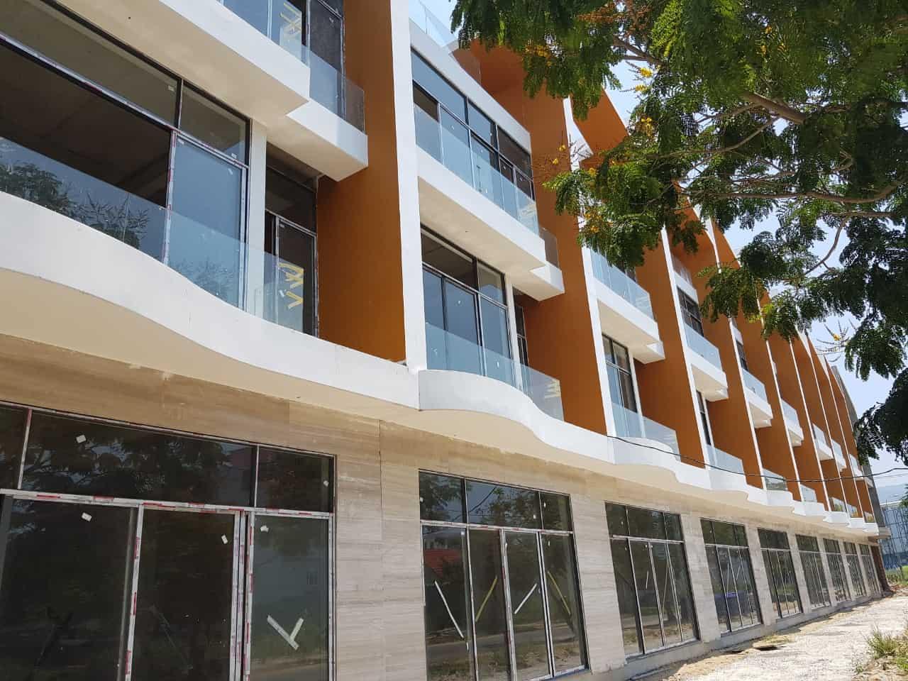 Chuyển định cư vào Hồ Chí Minh cần bán gấp căn nhà 2 mặt tiền đường Trần Hưng Đạo giá 5.1 tỷ