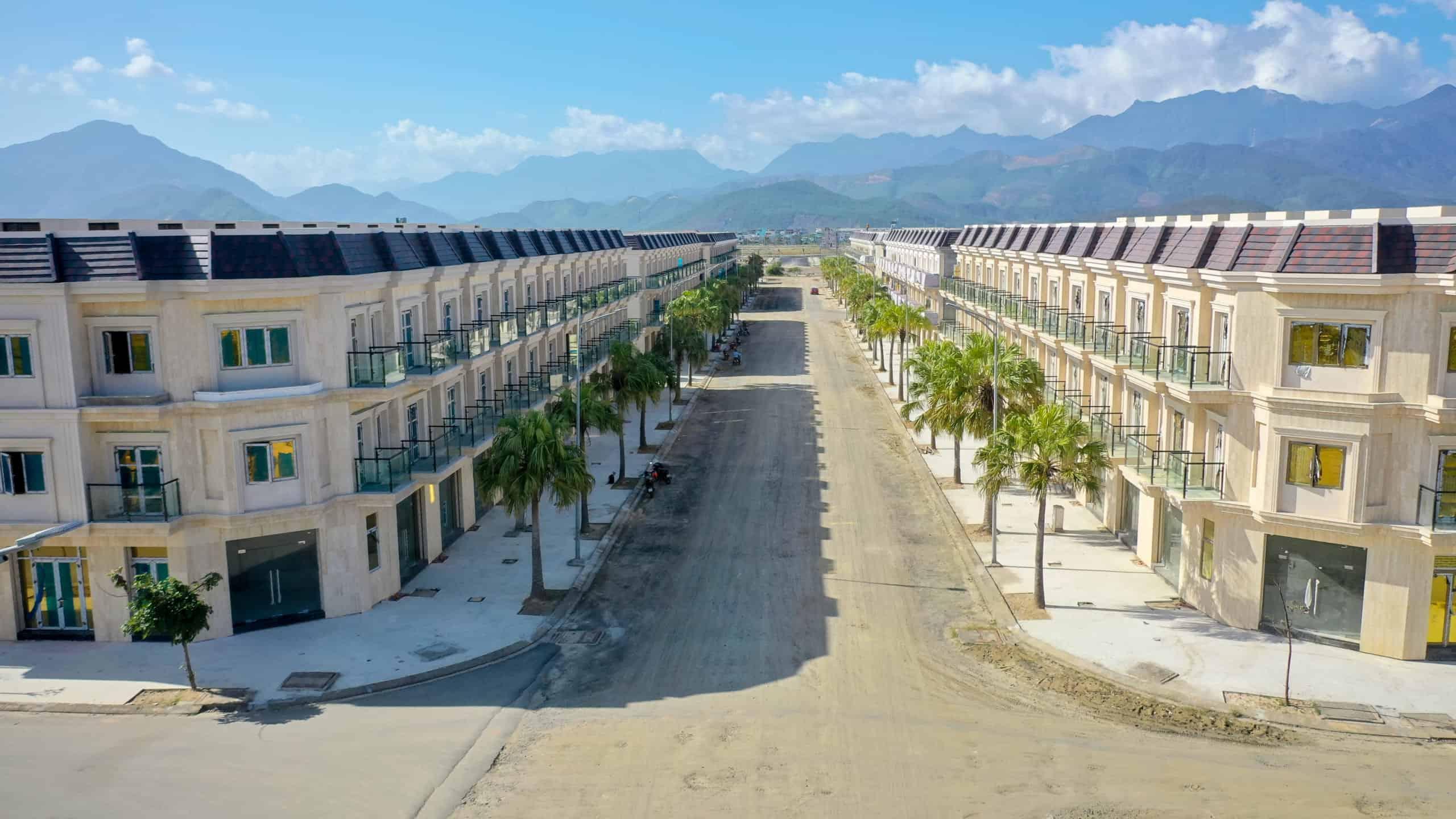 Cơn sốt dự án shophouse Lakeside Palace giá ưu đãi nhất